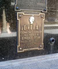 .Evita. (by Denise Mayumi)