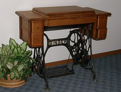 Singer Sewing Machine (Hammer51012) Tags: oak sewing isaac machine olympus singer merritt sp550uz