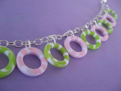 Bracelets kawaii 3137171574_a79bbb58f6