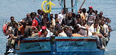 illegal immigrants land on Lampedusa