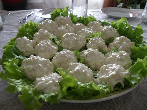 Яйца с ветчиной и плавленым сыром