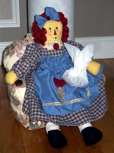 raggedy ann with cookies