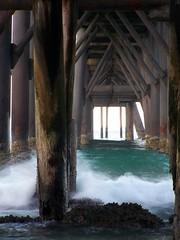 Vaulted (pominoz) Tags: sea pier waves dusk nsw catho catherinehillbay