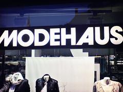 Avant Garde: Modeh Aus (Bundscherer) Tags: typography type letter alphabet lettering blau schrift avantgarde lettern münchen typografie buchstabe type:face=avantgarde