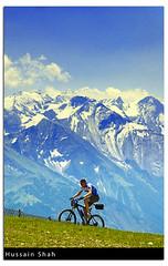 Journey To The Peak (Hussain Shah.) Tags: mountain bike d50 austria nikon ride sigma peak zellamsee shah hussain 28105mm gnd schmittenhöhe