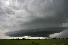 Low-topped Supercell (Stacked Plates) Tags: supercell supershot tornadoalley kansasthunderstorms hurricanedollyremnants