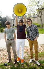 Nick, Joe & Kevin (burninup2008) Tags: pictures kevin little brothers nick joe jonas bit longer a cdvu