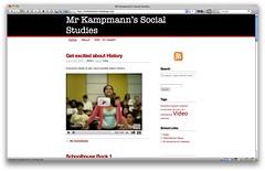 Anglų lietuvių žodynas. Žodis social studies reiškia socialiniai mokslai lietuviškai.