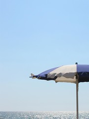 L'estate e finita! (Lazzaro75) Tags: sea sky sun relax mare powershot cielo sole vacanza federico sabaudia ombrellone sereno lazzaro micheli a580 lilanda