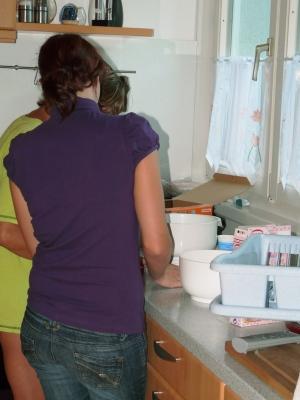 beim Kuchen backen