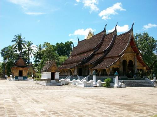 Wat Xieng Thong - frontside