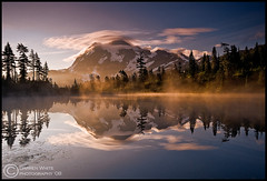 Shuksan Sunrise (Darren White Photography) Tags: light summer sun snow mountains west reflection ice clouds sunrise landscape early washington nikon northwest north glacier pacificnorthwest washingtonstate 2008 mountbaker d300 mountshuksan picturelake coolshot visiongroup darrenwhitephotography vision100 vosplusbellesphotos