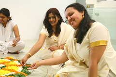 Yahoo! Onam (RMZ Office) (Laughingbudai) Tags: india yahoo jay bangalore kerala canon350d sharing girlsandboys pookkalam flowerdecoration rmzecospace onam2008 poovidal indiantreditionaldresses celebrationofflowers gettingreadytowelcomemahabali