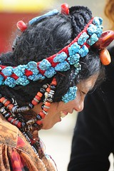 Heavy rock (reurinkjan) Tags: tibet 2008 sept changtang namtsochukmo nyenchentanglha tengrinor janreurink damshungcounty damgzung     facegdongpa
