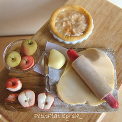 Miniature Food Apple Pie Prep Board (PetitPlat - Stephanie Kilgast) Tags: apple pie miniatures board minifood collectible tart 112 tarte preparation dollhouse pomme dollshouse miniaturefood oneinchscale petitplat prepboard