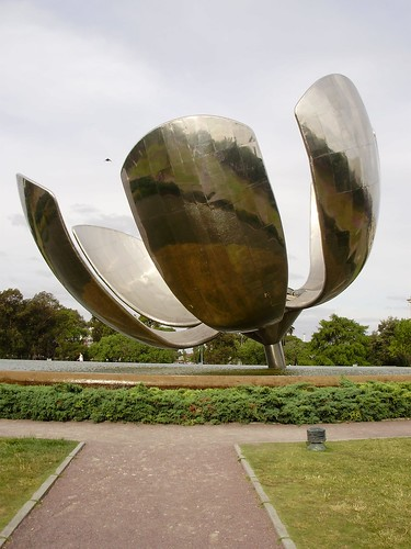 Floralis Generica - Homenaje a Buenos Aires