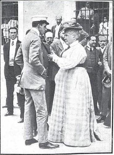 Alfonso XIII y la Infanta Isabel en la fiesta automovilística del Real Automovil Club. Fábrica de Armas de Toledo, 1905