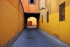 wonderful city (UnprobableView (busy...)) Tags: arc emilia bologna arcs arcos archi bolonha archard unprobableview