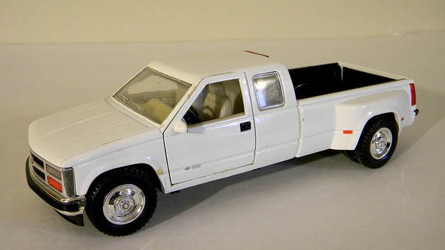 chevrolet scale club model cab pickup 1995 sunnyside diecast 3500 ldt 124th