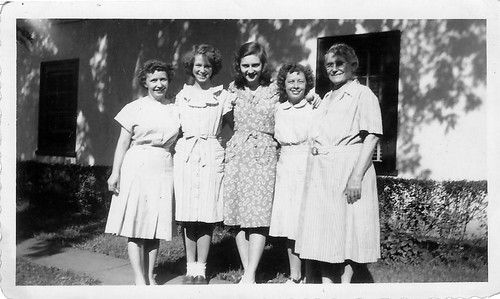 Aunt Buddy with some of her sisters and Grandmom.jpg