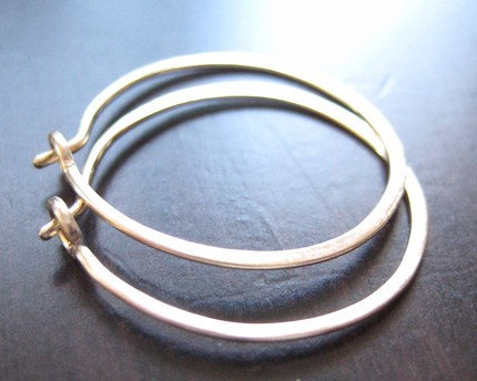 Modern Gold Hoops. Earrings - 14 karat Gold Filled hammered round hoops - MINI, 20 mm