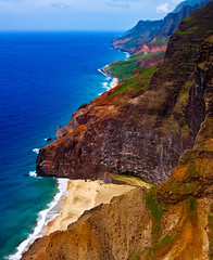 Honopu Beach at Na Pali (Walt K) Tags: hawaii coast tour archive helicopter kauai napali bluehawaiian waltk mywinners