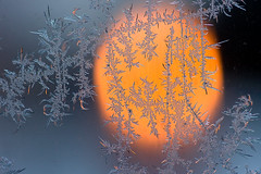 Window (L.Mikonranta) Tags: winter copyright macro ice window suomi finland eos candle dof bokeh © sigma lm talvi jää 105mm petäjävesi ikkuna sigma105mm 40d canoneos40d sigma105mmexdgf28macro copyright©lm