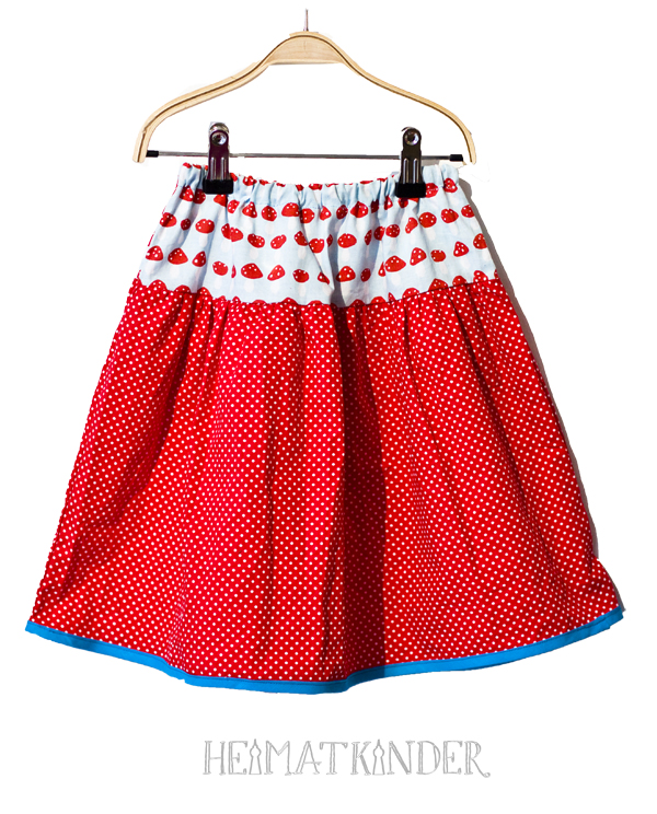 Skirt mushroom and dots