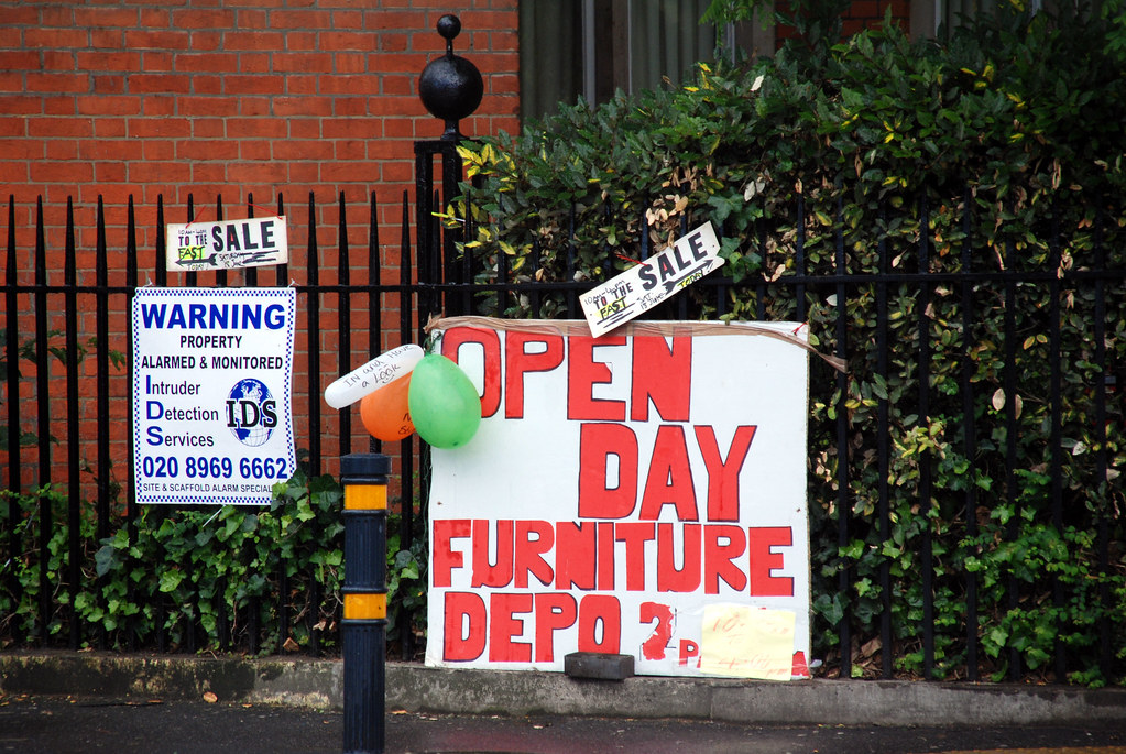 furniture-aid-open-day-sign-01