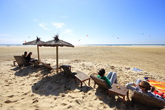 Inicio de Vacaciones... (Chodaboy) Tags: espaa slr 20d luz bar canon mar andaluca spain flickr european foto photos weekend comida cerveza sigma playa andalucia spanish cadiz beaches dslr