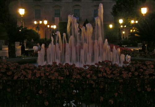Agua en la noche