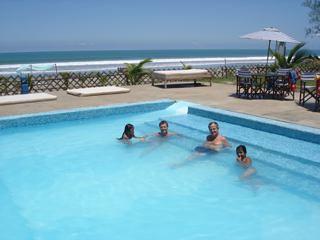 Ecuador-beach-pool