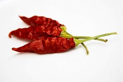 Tre (esci_le_foto) Tags: stilllife rosso peperoncini cibo cucina catchycolorred afrodisiaco piccante ingredienti aromi bigstockphotos