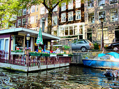 Amsterdam, Holland 080 - Houseboat