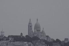 grey day over Paris (Leo Reynolds) Tags: bw church photoshop canon eos iso100 f8 0ev canonef70300mmf456isusm 40d hpexif 0002sec leol30random 275mm grouputata threadtwtme threadtwtme1sun groupsepiabw xleol30x xratio3x2x xxx2008xxx
