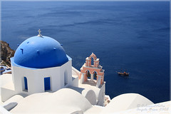 Blue White (Santorini) (Angelo Bosco) Tags: blue white church mediterranean mediterraneo aegean belltower chiesa campanile santorini greece grecia cupola dome bianco soe oia cyclades onblue cicladi egeo aegeansea  singintheblues  aplusphoto  theunforgettablepictures platinumheartaward picturefantastic   anticando colourednotes qualitypixels topqualityimageonly angelobosco