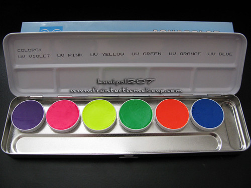 Kryolan UV Day Glow Palette Natural Light