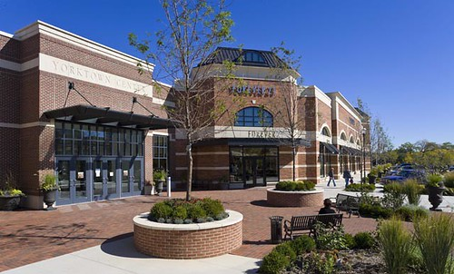 The Shops on Butterfield at Yorktown Center