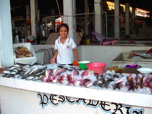 chica w fish