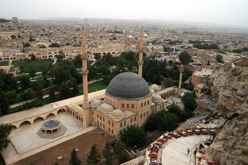 Urfa City by Mehmet Babalıoğlu.