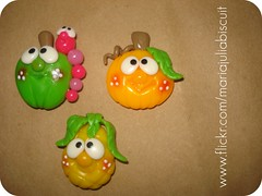 Frutinhas (Alane • maria julia biscuit) Tags: cute cores handmade artesanato artesanal biscuit fofo cor colorido porcelana porcelanafria feitoamao