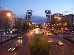 Paseo de la Castellana (Madrid) 32 - by Zaqarbal
