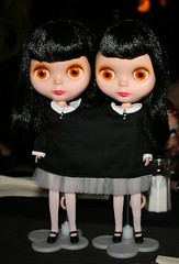 Siamese Goldies (cybermelli) Tags: new york city halloween sarah club costume pub doll contest gina collection hyde kenner blythe takara meet jekyll palin garan nrfb