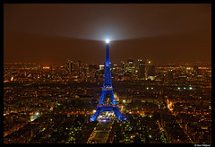 Paris, The city of lights (Dan Wiklund) Tags: longexposure blue panorama paris france night cityscape eiffeltower panoramic toureiffel d200 2008 urbanlandscape cityoflights cotcbestof2008 lptowers