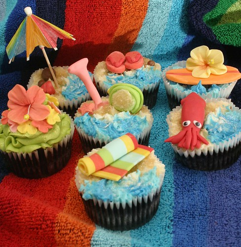 Surfs Up Cupcakes for Colm