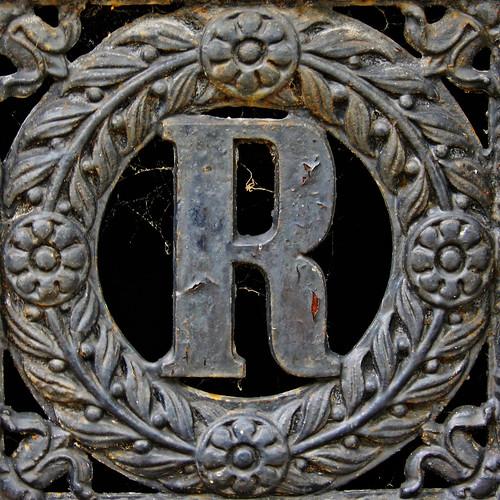 letter r logo. letter R