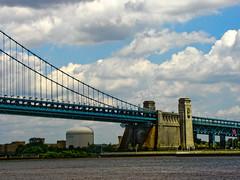 BL165 Ben Franklin Bridge (listentoreason) Tags: bridge sky usa philadelphia clouds america unitedstates pennsylvania scenic engineering places olympus benfranklinbridge suspensionbridge civilengineering benjaminfranklinbridge score40 olympusc4040z c4040z