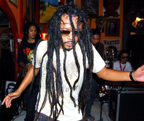 p'jo dancing with his dreads