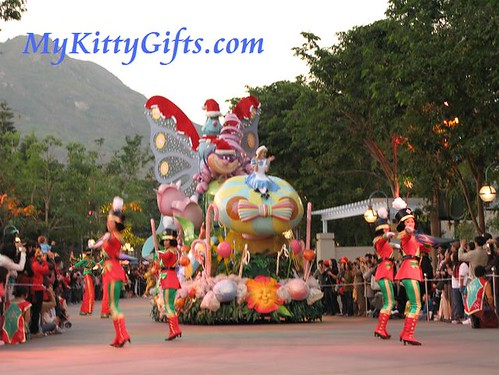 Hello Kitty's View of 'Alice in Wonderland' Parade Cart in 'Let it Snow' Christmas Parade, Hong Kong Disneyland