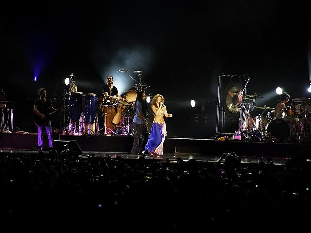 Shakira Shakiraa! by Osomoso - ?